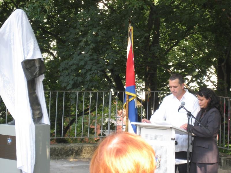 Marti-Statue Daciel 2013.jpg